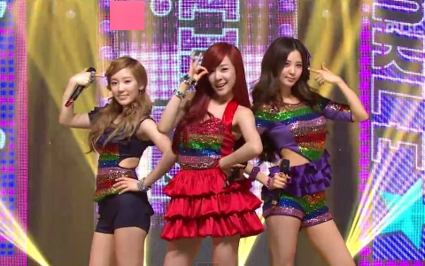 taetiseo-performs-twinkle-on-music-core-1_image
