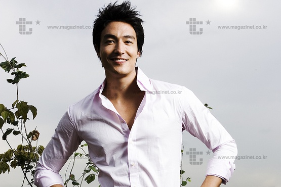 everyone-wants-a-piece-of-daniel-henney-1_image