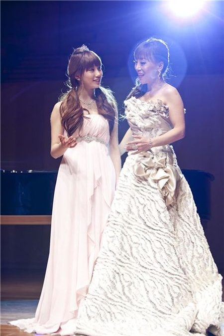 "miss A's Suzy to Duet with Famous Soprano Jo Sumi in ""Dream High"""