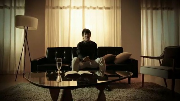 hwanhee-releases-mv-for-i-feel-like-im-going-to-die_image