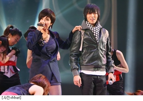 top-surprise-appearance-on-mbc-survival-i-am-a-singer_image