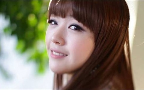 Girl's Day Minah Responds to Lee Min Ho Choosing Her as Ideal Type