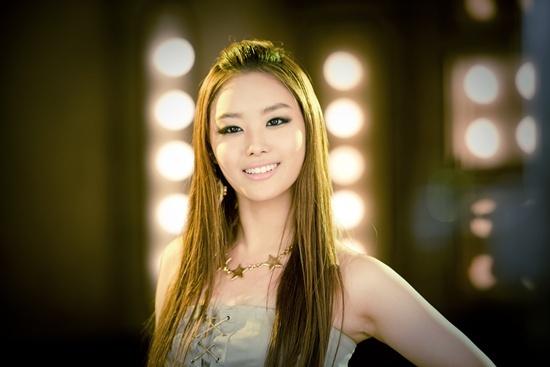 secret-song-ji-eun-reveals-teaser-for-i-am-cold_image
