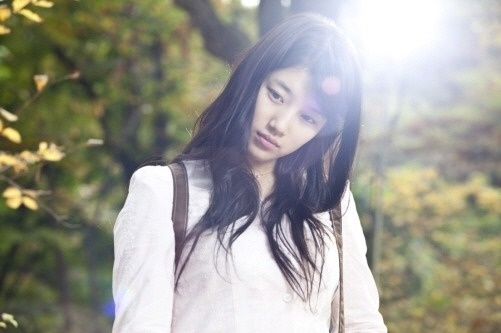 miss-as-suzy-considering-the-drama-big-by-the-hong-sisters_image