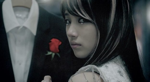miss-as-suzy-and-her-handsome-father_image
