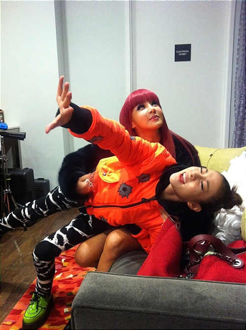 find-out-what-2ne1-has-been-up-to-in-nyc_image