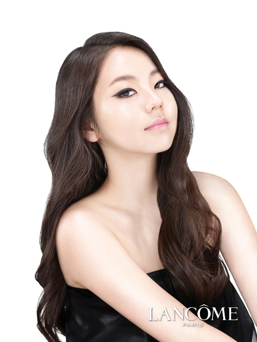 wonder-girls-sohees-older-sister-revealed_image