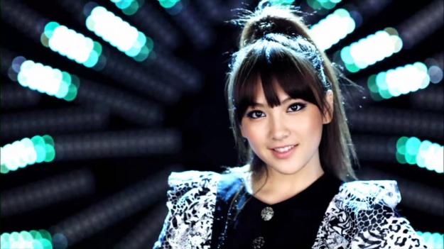 kang-ji-youngs-sexy-silhouette_image