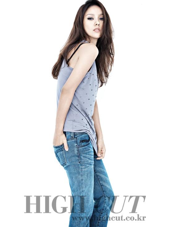 lee-hyori-transforms-into-marilyn-monroe_image