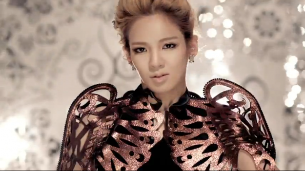 hyoyeons-latest-appearance-sparks-plastic-surgery-speculations_image