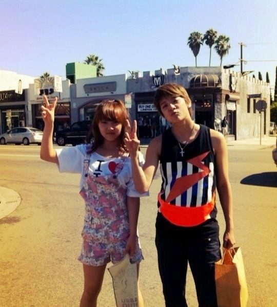 miss-as-min-min-and-fxs-amber-hang-out-in-la_image
