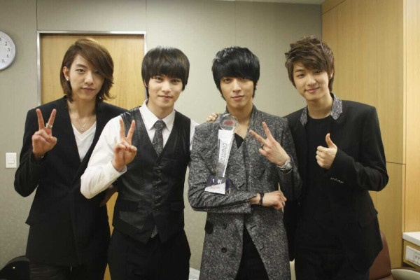 cn-blue-and-ft-island-to-hold-joint-concert-in-los-angeles_image
