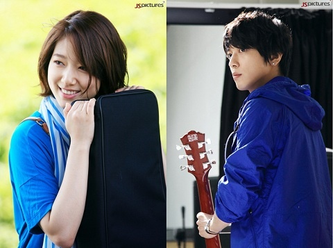 "New Jung Yong Hwa & Park Shin Hye Teasers for ""Heartstrings"""