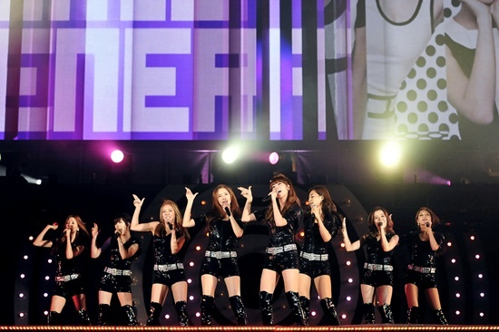 """K-Pop All Star Live in Niigata"" a Resounding Success [Performances Included]"