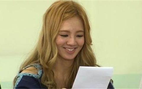 hyoyeon-reveals-she-wants-five-kids-dream-job-is-fashion-designer_image