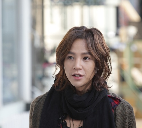 Jang Geun Suk Reveals His Secret Lover?