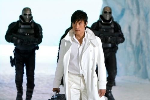 gi-joe-2s-asian-success-rests-on-lee-byung-huns-shoulders_image