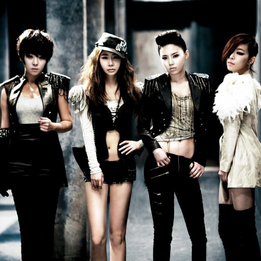 netizens-debate-over-the-brown-eyed-girls-title-track_image