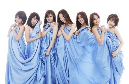 rainbows-predebut-and-graduation-photos-revealed_image