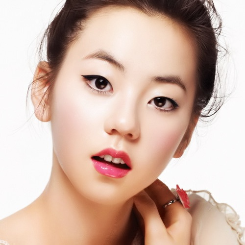 sohee-sports-the-casual-style_image