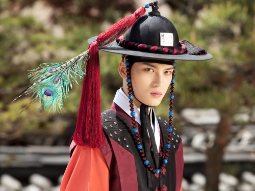 "Kim Jae Joong Gets Into Character for ""Time Slip Dr. Jin"""
