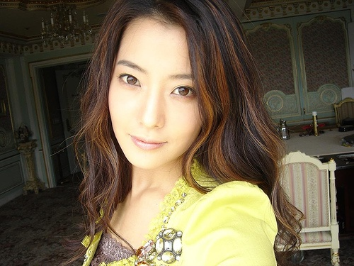 kim-hee-sun-reveals-family-vacation-pictures_image