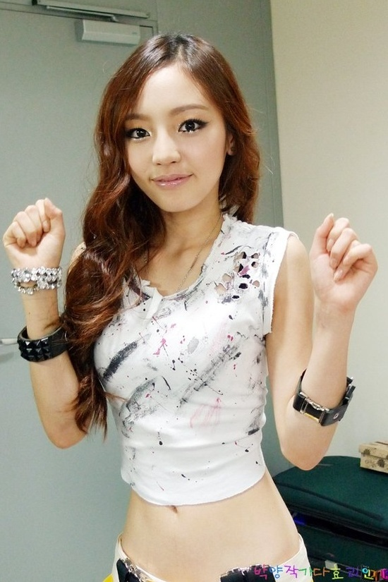 goo-hara-shares-more-photos-from-surprise-birthday-party_image
