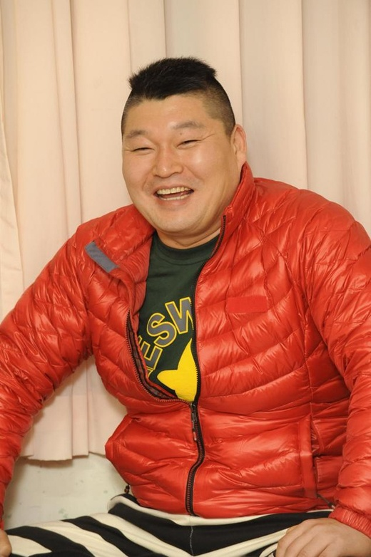 kang-ho-dong-spotted-in-public-after-4-months-of-temporary-retirement_image