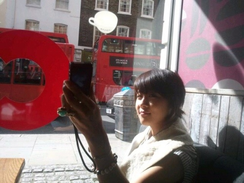 i-miss-autumn-in-korea-already-says-ha-ji-won-from-london_image