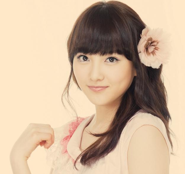 karas-kang-ji-young-without-makeup-and-freckles-galore_image