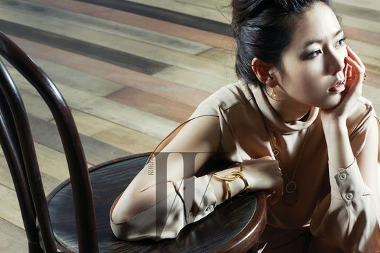 son-ye-jin-models-for-luxory-brand-piaget_image
