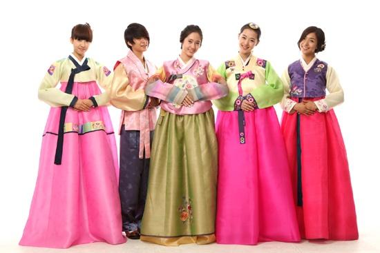 f(x)'s Krystal Shares Lunar New Year Greetings