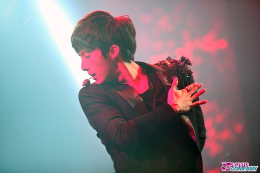 Kim Hyung Jun Finishes Successful Japanese Live Tour
