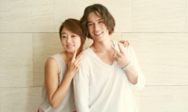 ricky-kim-tweets-an-image-with-choi-yeo-jin-on-the-i-need-romance-set_image