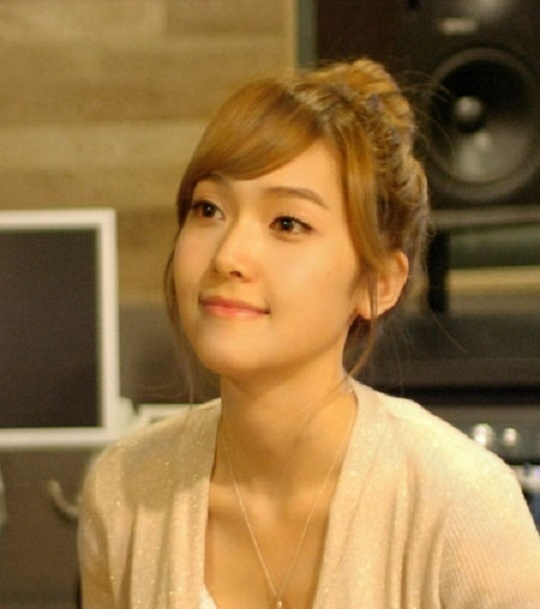 snsds-jessica-gives-takes-her-first-shot-at-a-drama-ost_image