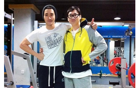 Super Junior's Choi Siwon at the Gym
