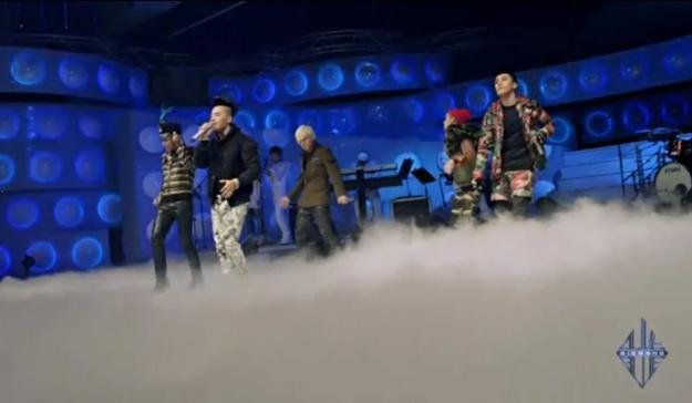 bigbang-performs-band-version-of-blue-on-yg-on-air_image