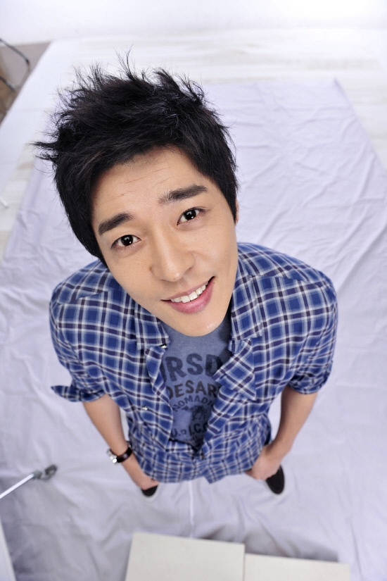 suh-ji-suk-accomplishes-his-dream-of-becoming-a-pe-teacher-on-high-kick-3_image