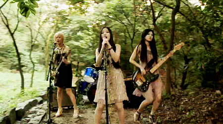 nia-releases-forest-of-memories-mv_image