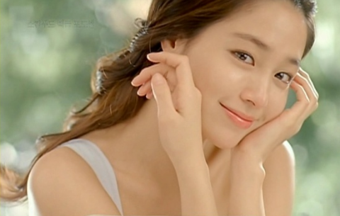 new-photos-of-smiling-angel-lee-min-jung-for-makeawish-foundation-released-1_image