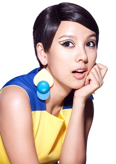 Lee Hyori Becomes Fashion Icon Twiggy