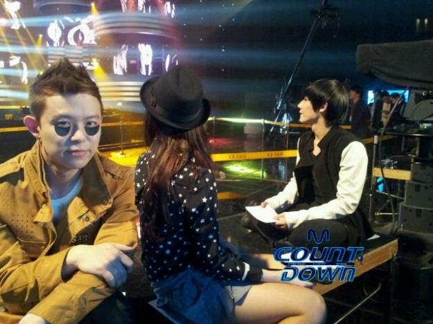 "Mnet ""M! Countdown"" – Mar. 8, 2012"