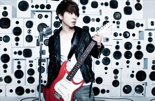 jung-yong-hwa-takes-on-a-producer-role_image