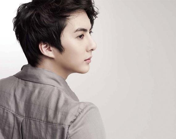 kim-hyung-jun-drama-stills-look-like-a-photoshoot_image