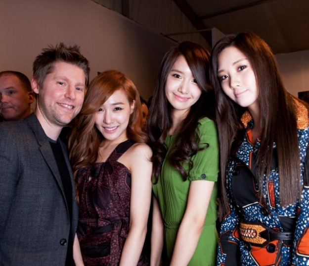 Girls' Generation's Tiffany, YoonA, Seohyun Attend Burberry Show in London