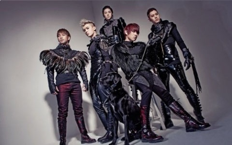 mblaq-performs-this-is-war-on-music-core_image