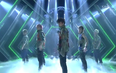 "B.A.P Performs ""Power"" on Inkigayo"