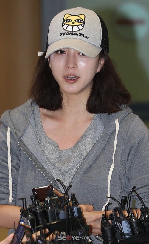 han-ye-seul-opens-up-about-spy-myung-wol-controversy-for-first-time_image