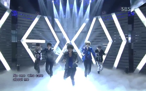 exok-performs-mama-on-inkigayo-2_image