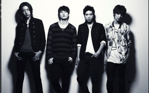 "C.N. Blue Releases Music Video for Japanese Single ""In My Head"""